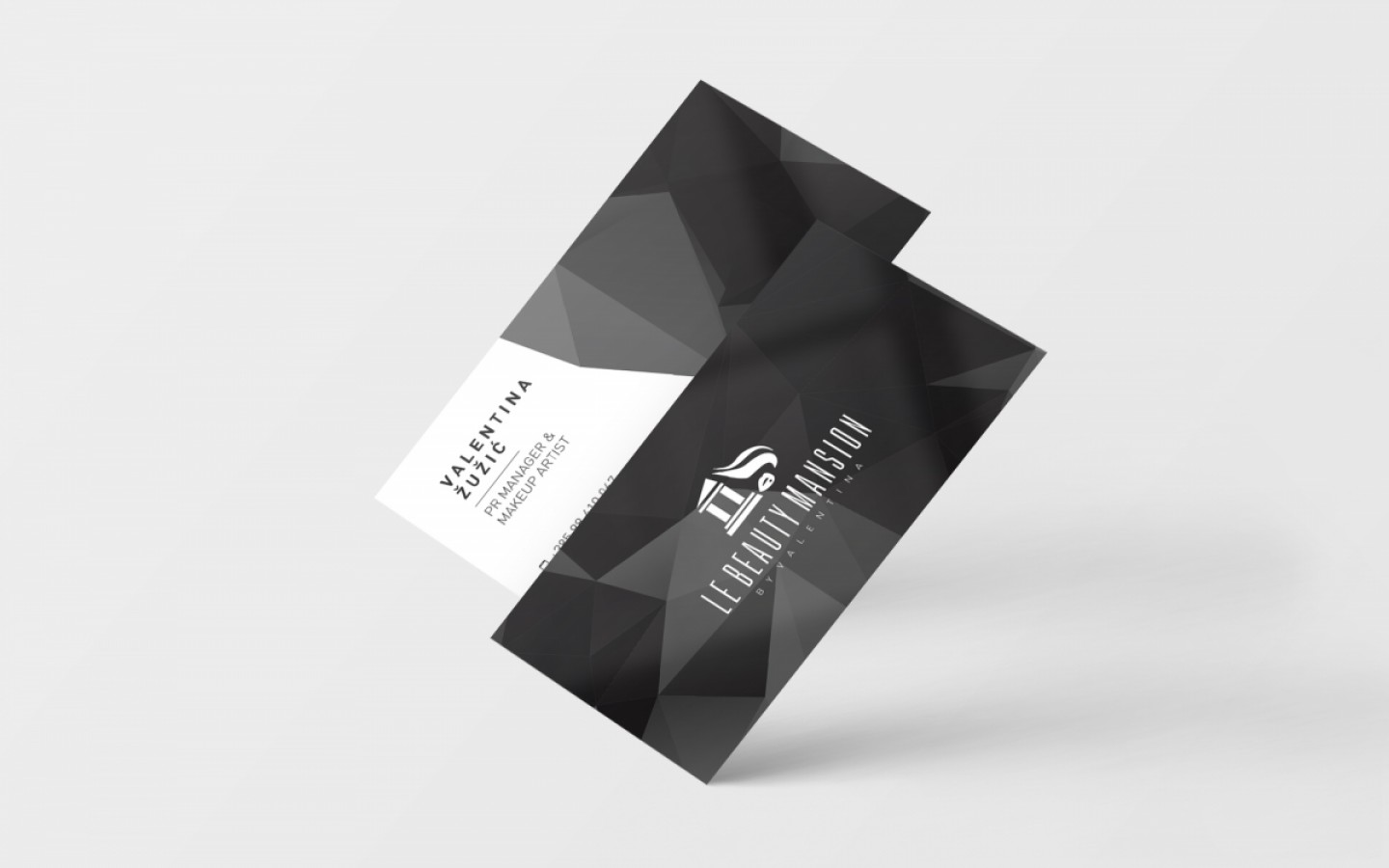 VISUAL IDENTITY - LE BEAUTY MANSION